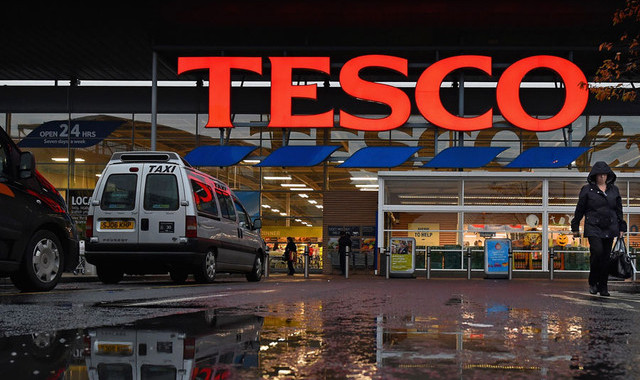 Tesco Becomes First Uk Supermarket To Reintroduce Vinyl In