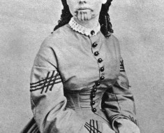 circa 1860:  Studio portrait of Olive Oatman (1837 - 1903) who was the only member of her family to survive being captured by Yavapai Indians. She was sold to the Mojave tribe who treated her kindly but tattooed her chin with the mark of a slave.  (Photo by Hulton Archive/Getty Images)
