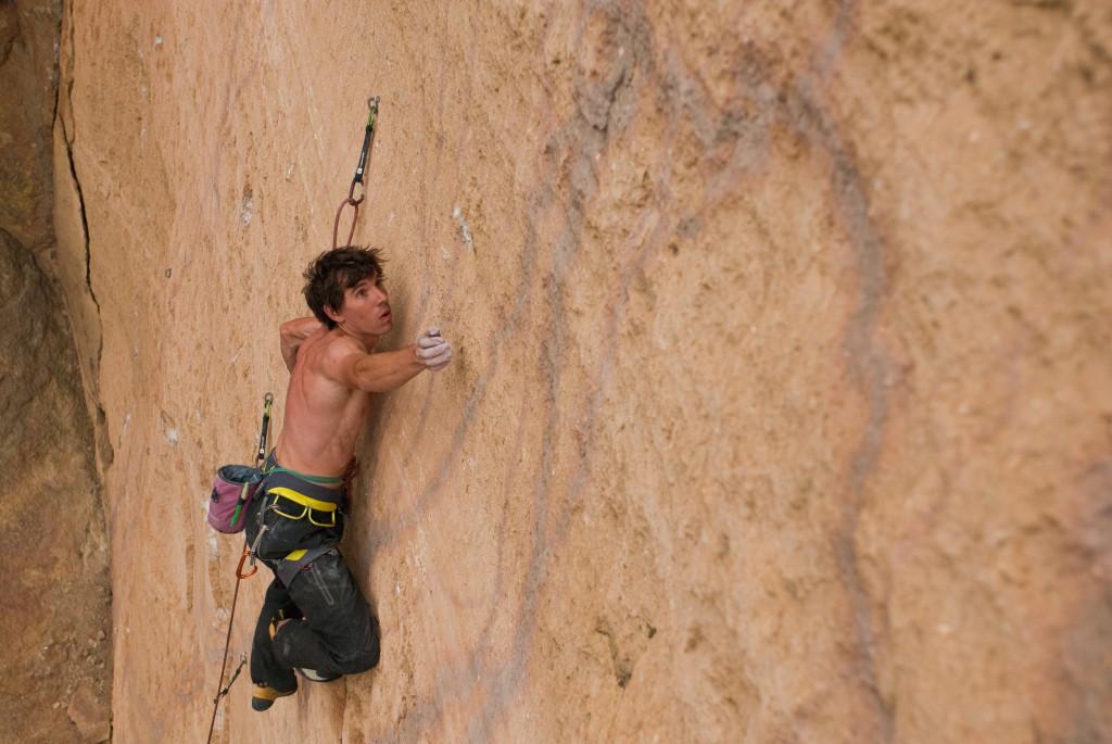 alex-honnold-climbing-1024x685
