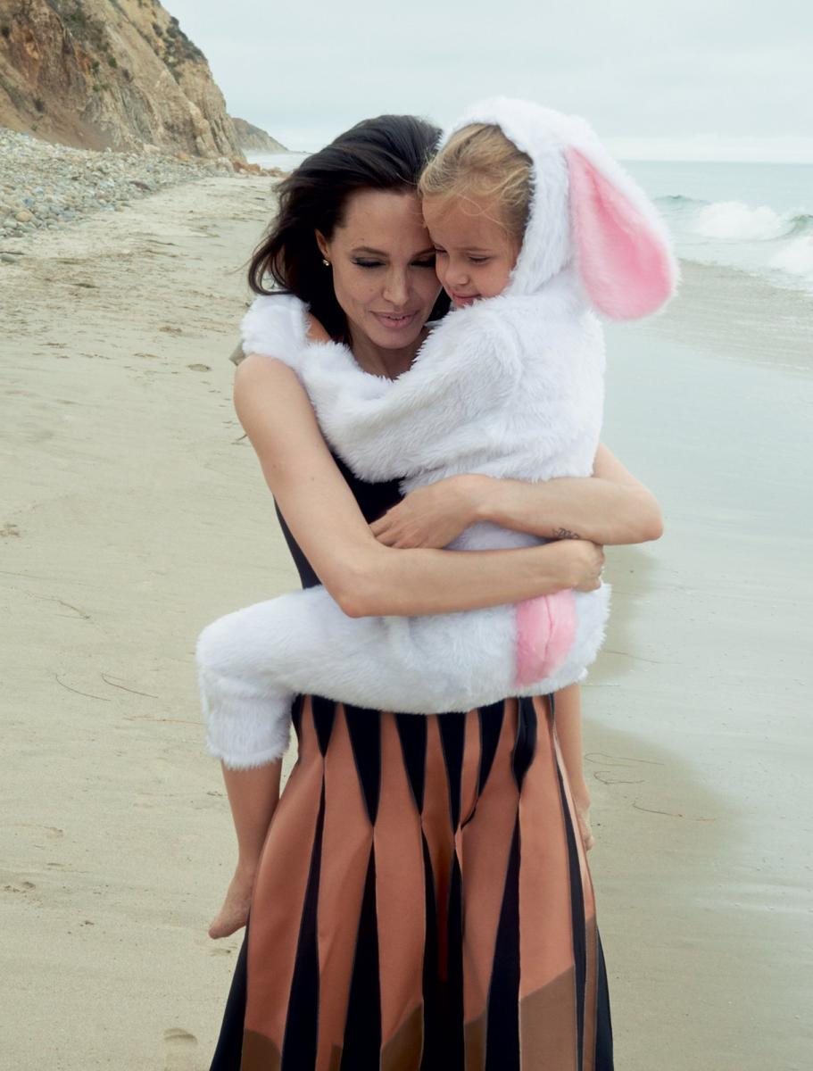 angelina-jolie-pitt-november-2015-cover-x