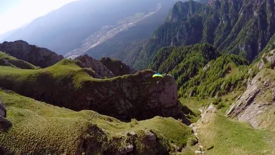 This Speedflying Video Makes You Feel Like You're Flying On Air